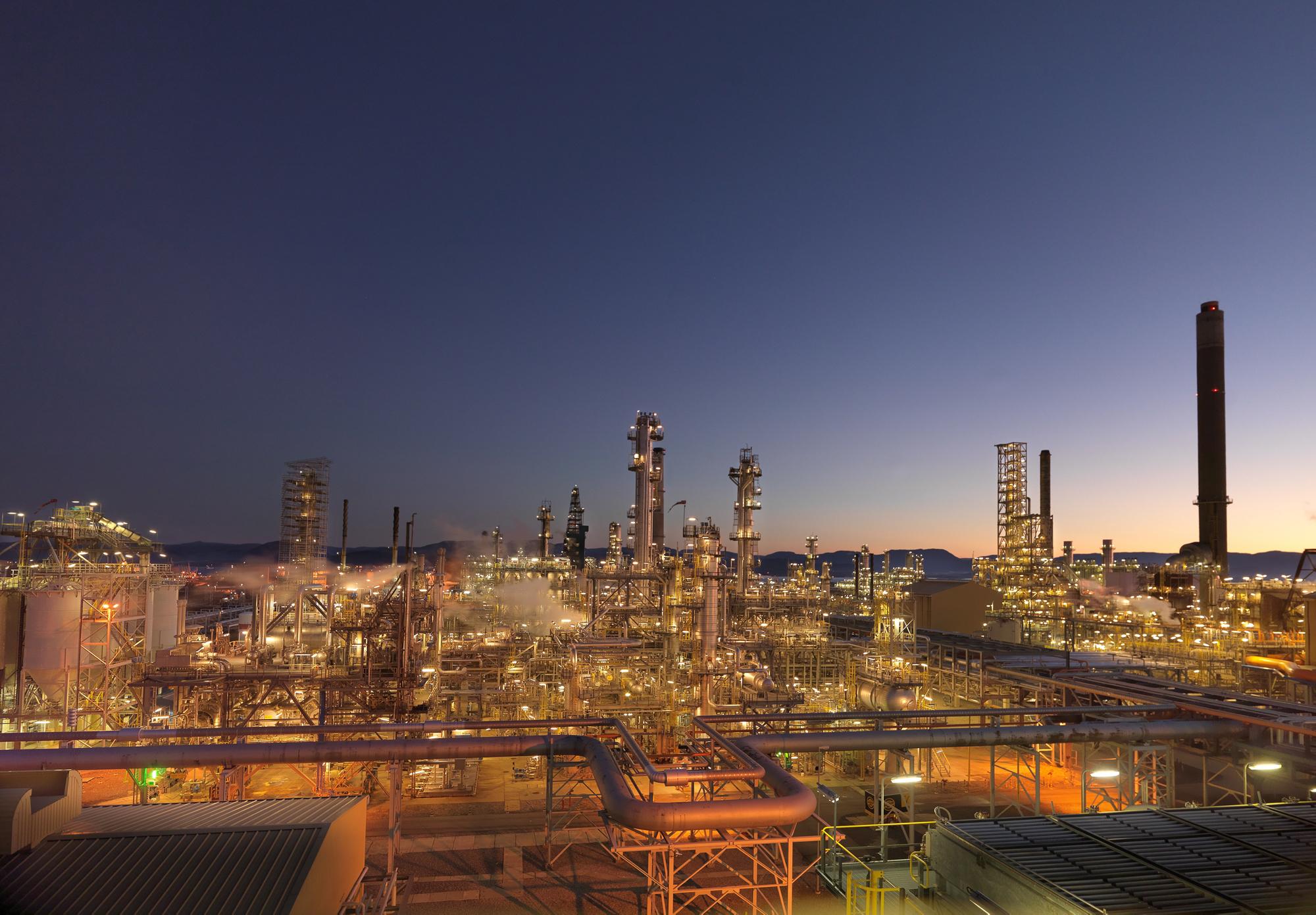 Bilde av raffineriet på Mongstad