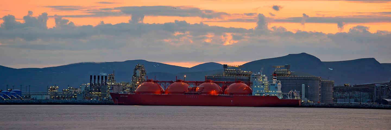 Arctic Princess på LNG anlegget ved Melkøya